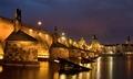 Večerný Karlov most