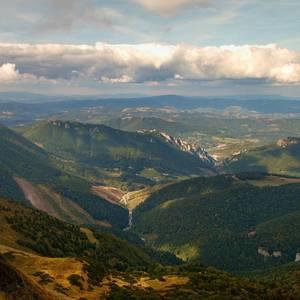 Cez kopce a doliny