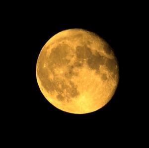 mesiac.....