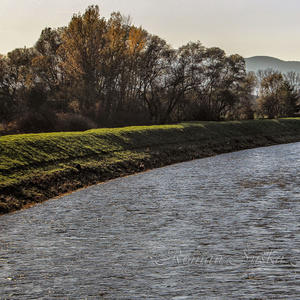 Breh rieky Hron