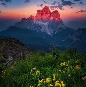 Pokojny vecer v Dolomitoch