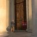 Modlitba - pred bránou chrámu