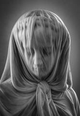 Žena v závoji
