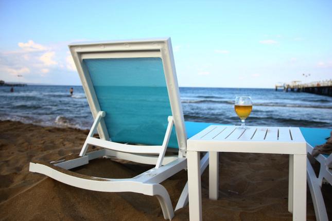 pivo a pláž