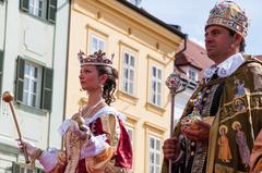 Kráľ a kráľovná