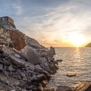 Tyrhenske More v Cinque Terre