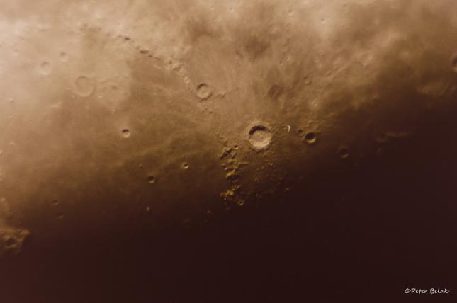 Mesačné krátery