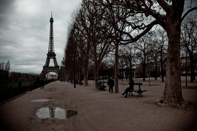 Eiffel v odrazoch