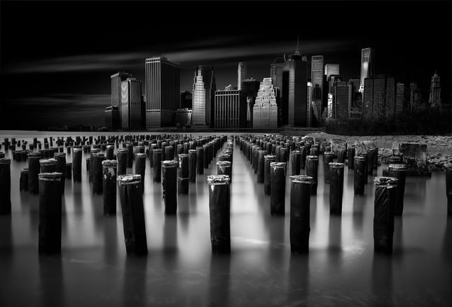 Manhattan. (3)