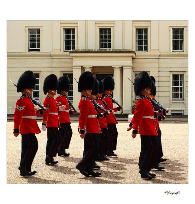 Výmená stráže jeho veličenstva