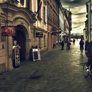 krutá zima v meste