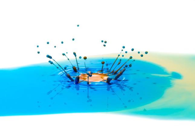 Výbuch v oceáne