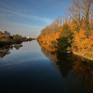 Jeseň na kanáli