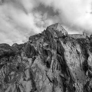 Nad Beckovom stojí hrad