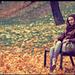 Obkolesená jesennou idylkou
