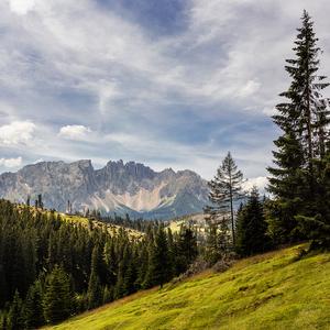 Z Dolomit.