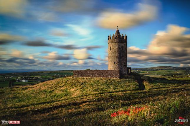 Ireland Doonagore castle