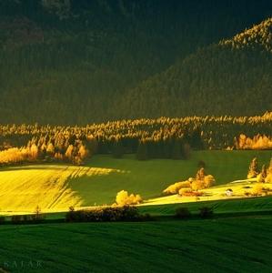 Hra svetla a tieňov pod Tatrami