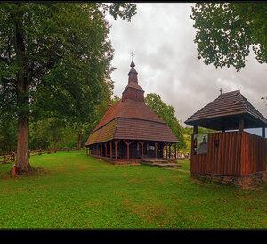 Drevený kostolík - Topoľa...