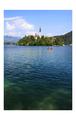 Kostol uprostred jazera