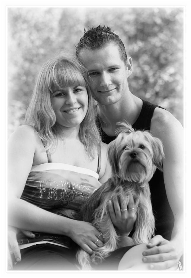 on, ona & pes