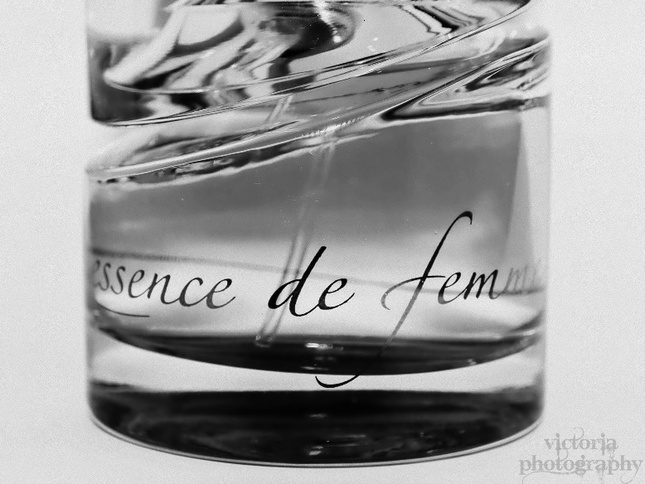 essence de femme by HUGO BOSS