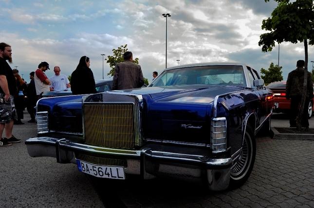 Lincoln Continental 2.verzia