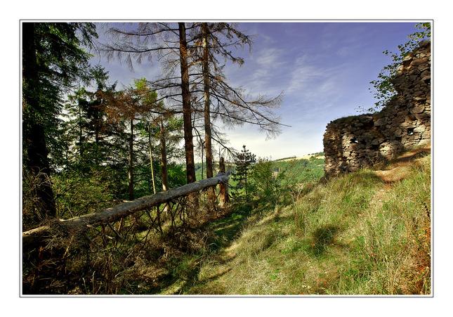 Hrad v Karpatoch