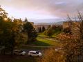 Jeseň z okna v meste...