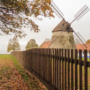 Veterný mlyn Kuželov
