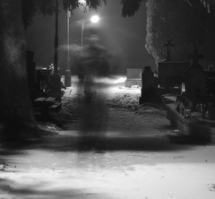 Duch zloduch na cintorine