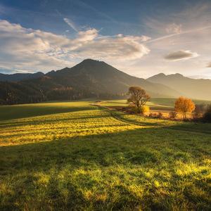 moja krajina, môj domov . .
