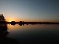 Západ slnka nad jazerom