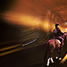 Jazdec na koni v tunelu
