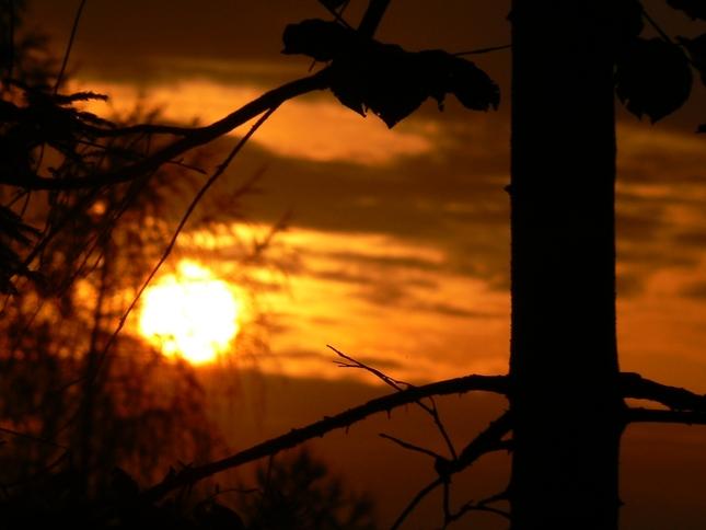 Keď slnko zapadá