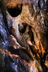 pani jaskyne