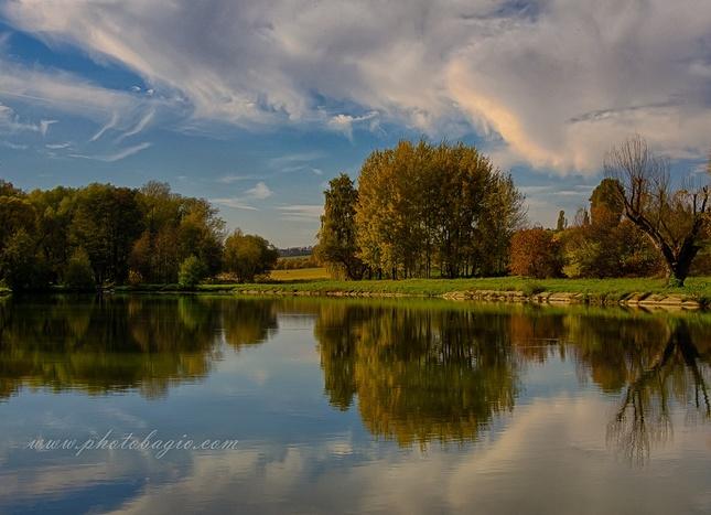 Podzim u rybníka.