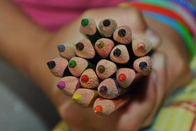 Hra s pastelkami