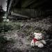 stratený pod mostom