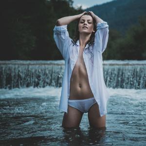 River Lady 8