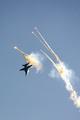 F/A-18 predvádza úhybný manéver