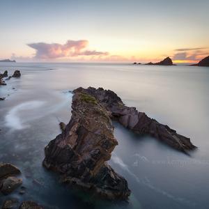 Tichý Atlantik brehy myje