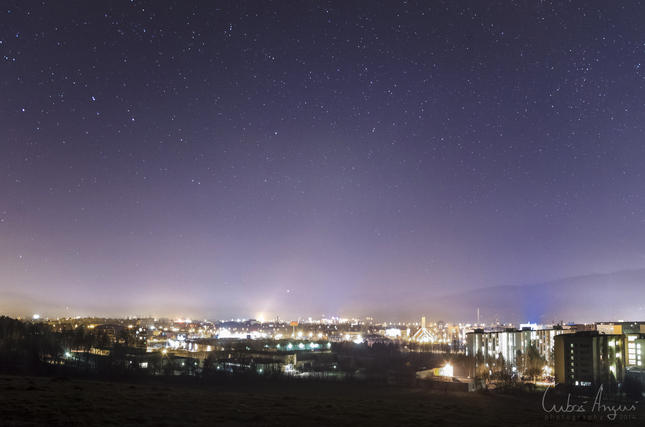 Nočná obloha nad Žilinou