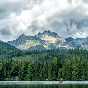Člnkovanie v horách