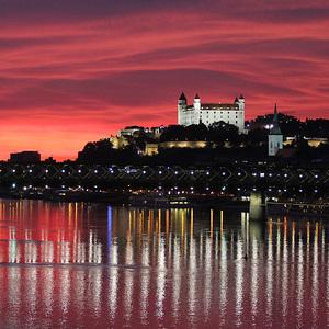 Nocna Bratislava