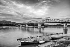 Pri brehu Dunaja II.