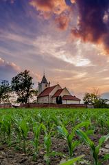 Za kostolom 2