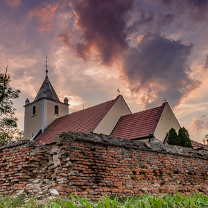 Za kostolom 3
