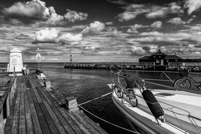 V prístave....