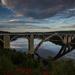 Podolský most vo večernom slnku